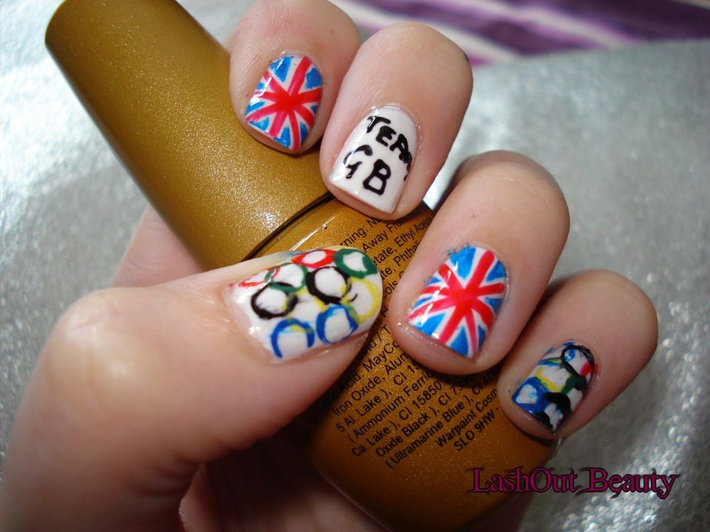 <p>Bonnie-Leigh Curtis is a nail tech from Chichester, West Sussex, United Kingdom.</p>