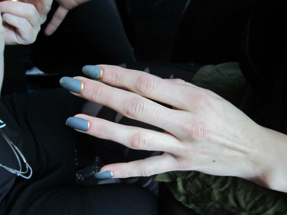 <p>At the Katie Gallagher show, <strong>Color Club</strong> created a custom green then added an eclipse in the moon area with the company&rsquo;s bronze striper.</p>