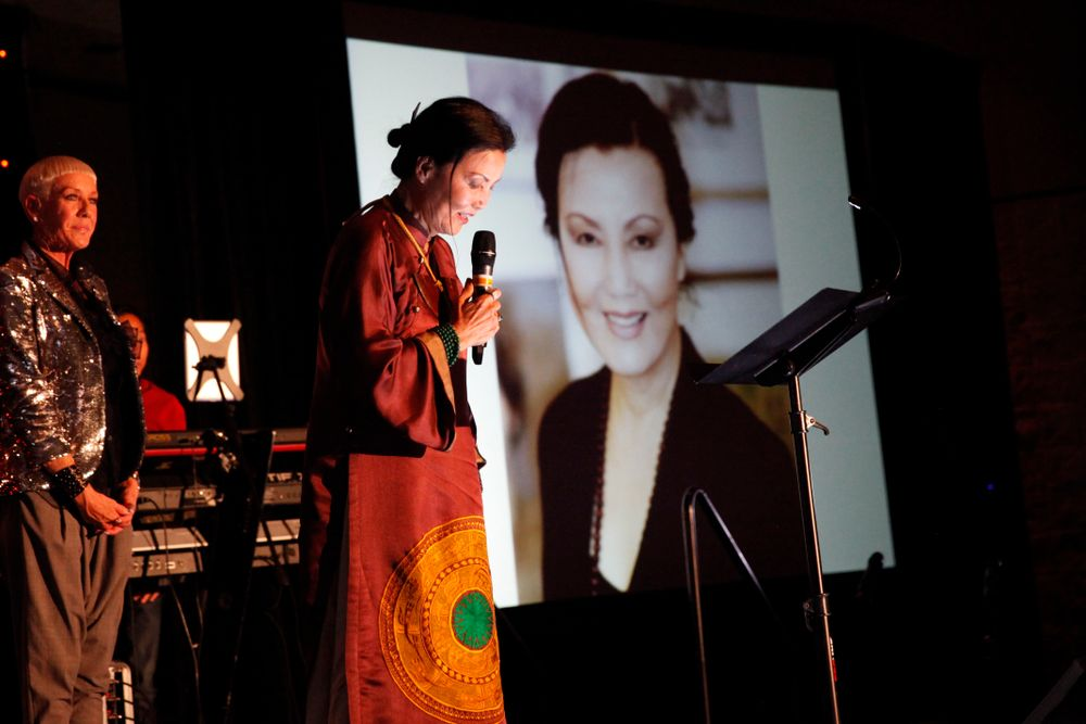 <p>Vietnamese-American actress, Kieu Chinh, known for her roles in M*A*S*H, The Joy Luck Club, and Journey From the Fall, addresses attendees.</p>