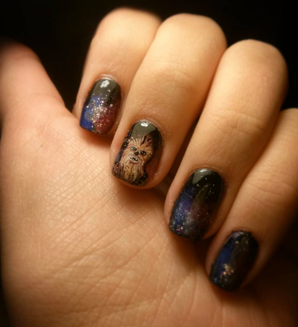 "<p>Chewbacca nails by <a href=""https://instagram.com/fahlasia"">Joanna Fahl</a>, Poland</p>"