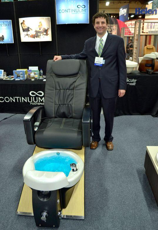 <p>Continuum's Tony Galati promoted Continuum's Vantage + pedicure spa chair.</p>