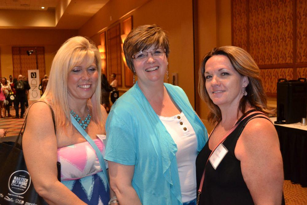 <p>Michele Cowan, Darcy Olin, Darlene Donovan</p>