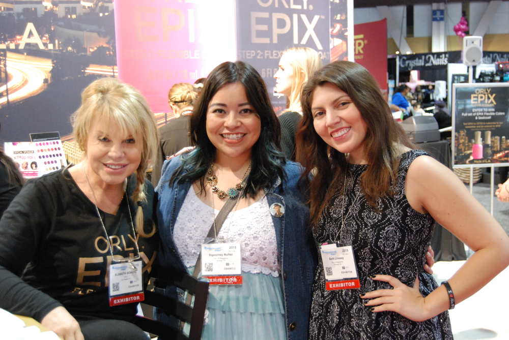<p>Orly's Elsbeth Schuetz, NAILS assistant editor, Sigourney Nu&ntilde;ez, and NAILS senior editor Beth Livesay</p>