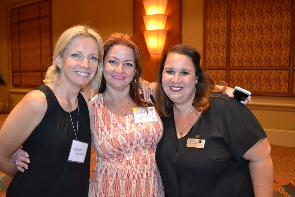 <p>Amanda Fontanarrosa, Anna Boyer, Lynn Cote</p>