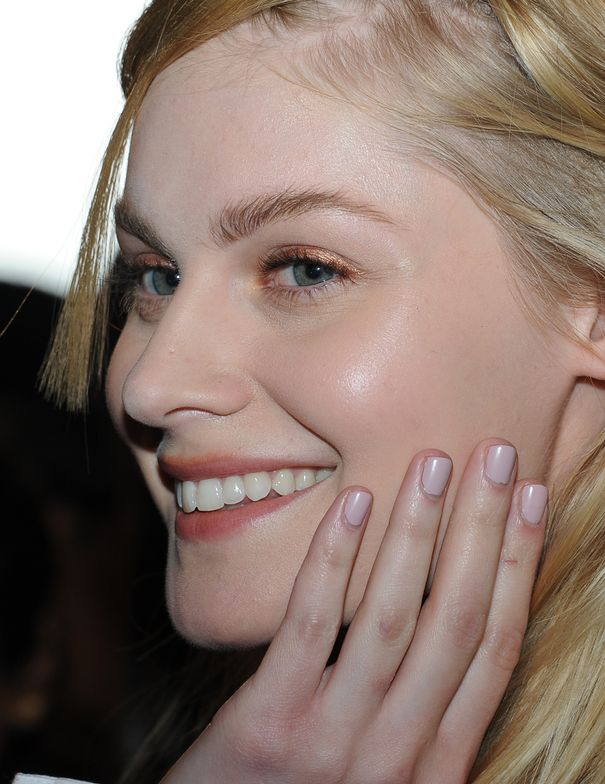 <p>Gina Edwards for Morgan Taylor used Polished Up to get the mauve mani at Chris Gelinas.</p>