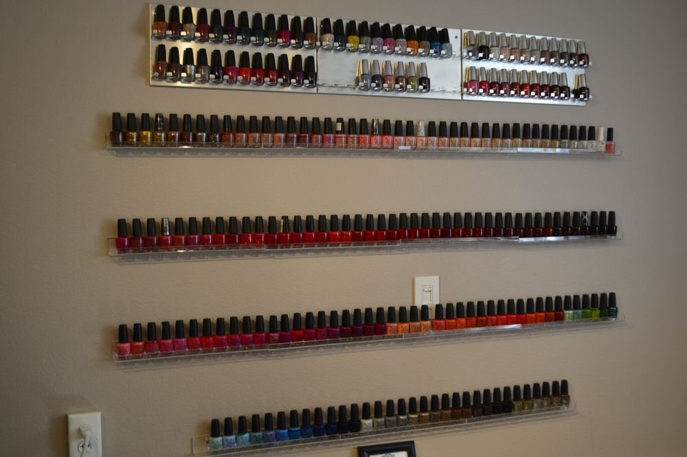 <p>Nail Purist in Sacramento</p>