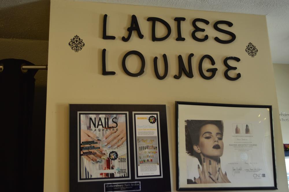 <p>Eva Jenkins' Ladies Lounge in Omaha, Neb.</p>