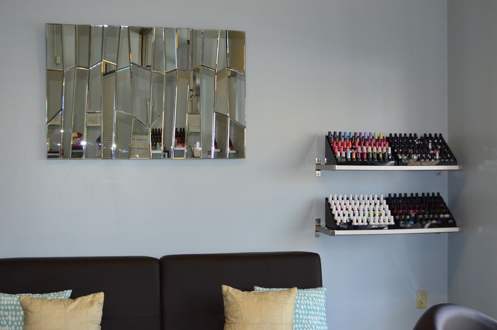 <p>Elli Nail Spa in Columbus, Ohio</p>
