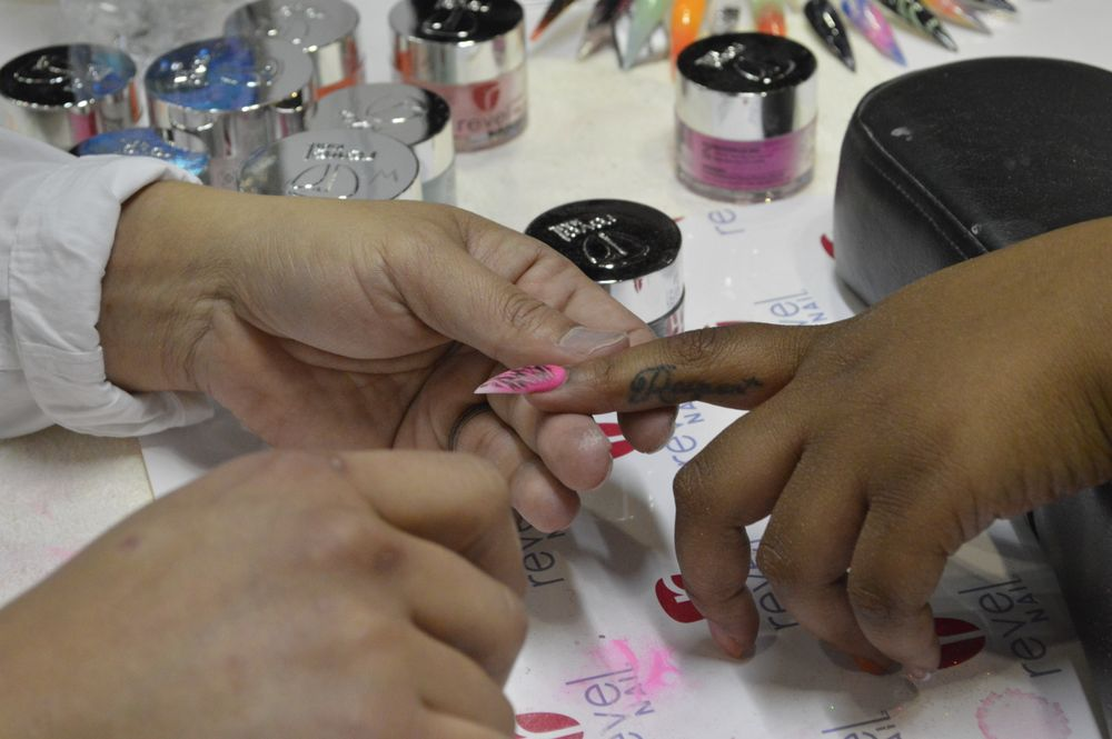 <p>Dipping demos at Revel Nail. </p>
