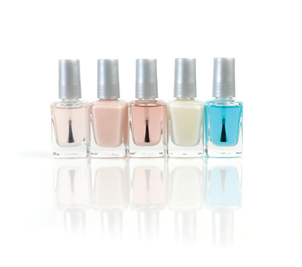 "<p>Diamond Cosmetics Nail Treatments<br /><a href=""http://www.diamondcosmetics.com"">www.diamondcosmetics.com</a></p>"