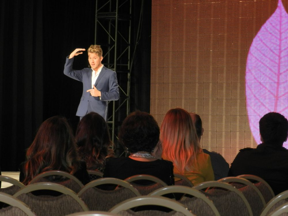 <p>Celebrity stylist Theodore Leaf taught attendees how to be a YouTube sensation.</p>