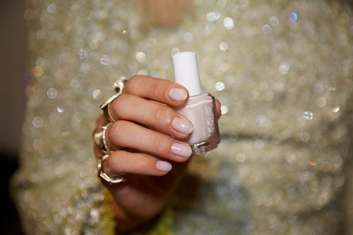 <p>Remark also used Essie Adore-a-Ball at the Jenny Packham show.</p>