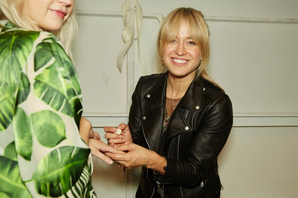 <p>Rita Remark for Essie creates fresh, teal-tipped french manis for the Alice + Olivia Spring/Summer 2018 show at New York Fashion Week.</p>