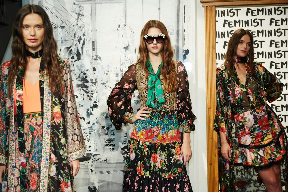 <p>The Alice + Olivia Spring/Summer 2018 collection channeled the historic New York City landmark Hotel Chelsea, inspired by the many artistic minds who have called the hotel home.</p>