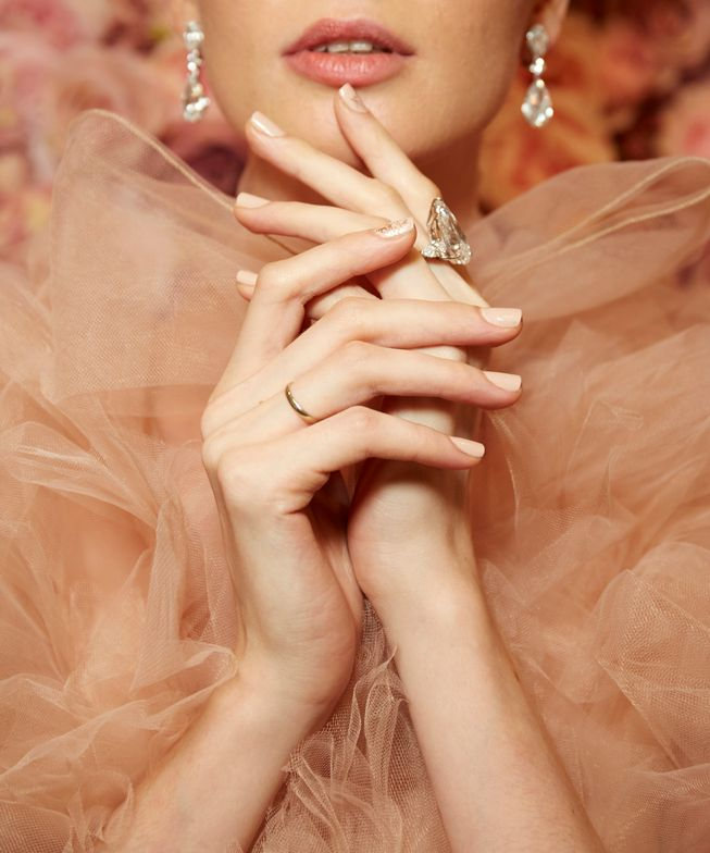 <p>Essie for Michael Costello, image courtesy of Essie.</p>