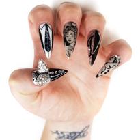 NTNA S. 6 Challenge 7: Strike a Pose Nail Art (Emily)