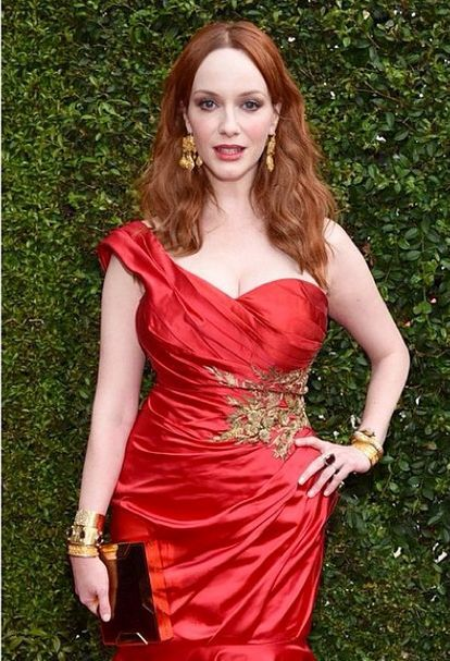 <p>Hipp also used one coat of Pink Me Pink Me on Christina Hendricks. She covered the coat with a glossy finish of High Shine then the star was ready to walk the Emmy red carpet. Image via @jennahipp.&nbsp;</p>
