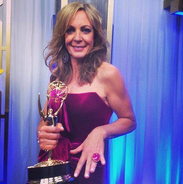 <p>Julie Kandalec polished Emmy winner Allison Janney's tips with Essie Limo-Scene. Image via @julieknailsnyc.&nbsp;</p>