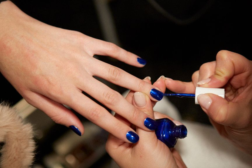 <p>An up-close look t the Aruba Blue manis from Essie for Costello Tagliapietra.</p>