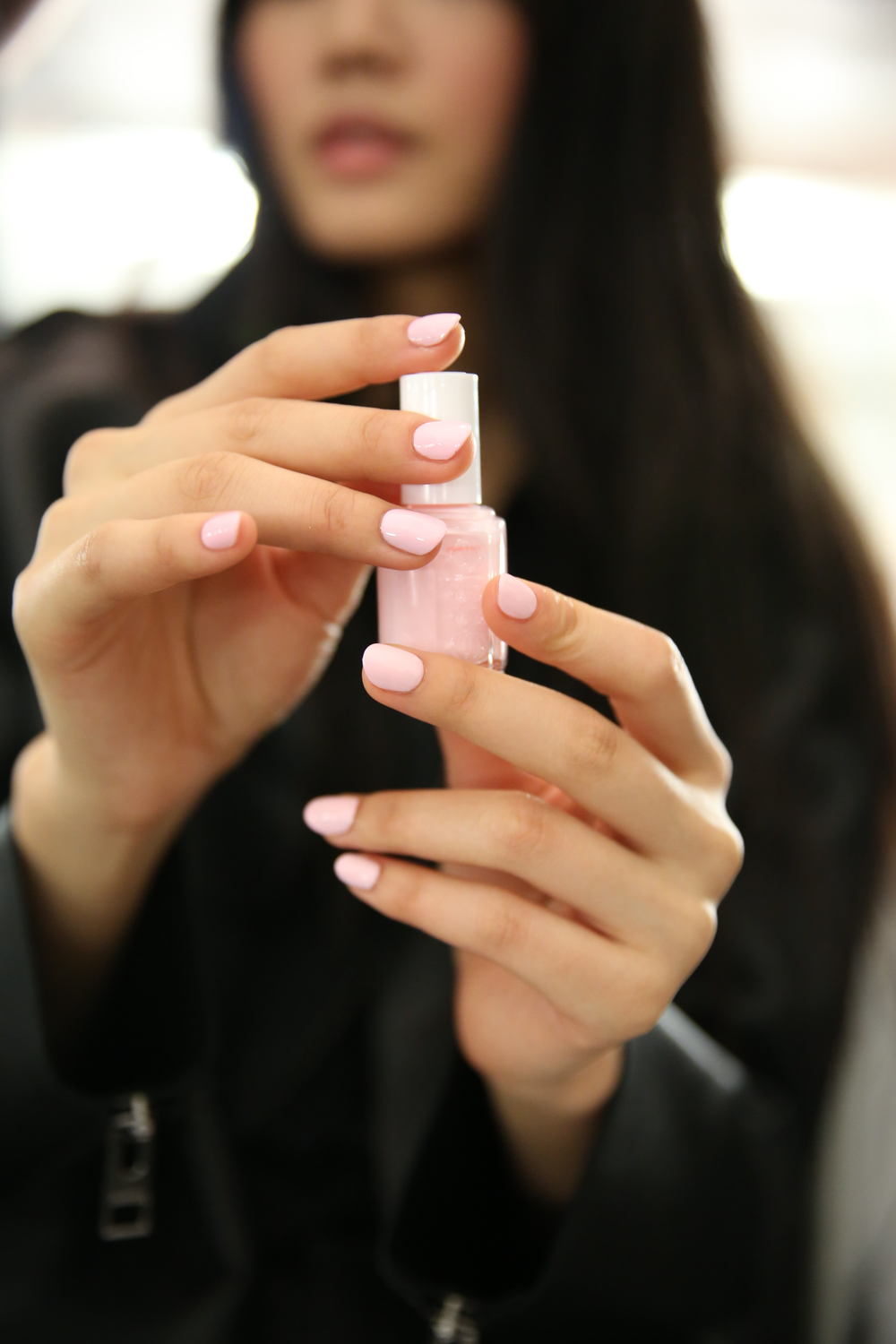 <p>To complement the Naeem Khan Spring/Summer 2015 line, Julie Kandalec for Essie created a nail look to represent the &lsquo;Naeem Khan girl&rsquo;&mdash;elegant and done up, but not too glamorous. Photo courtesy of Essie.&nbsp;</p>