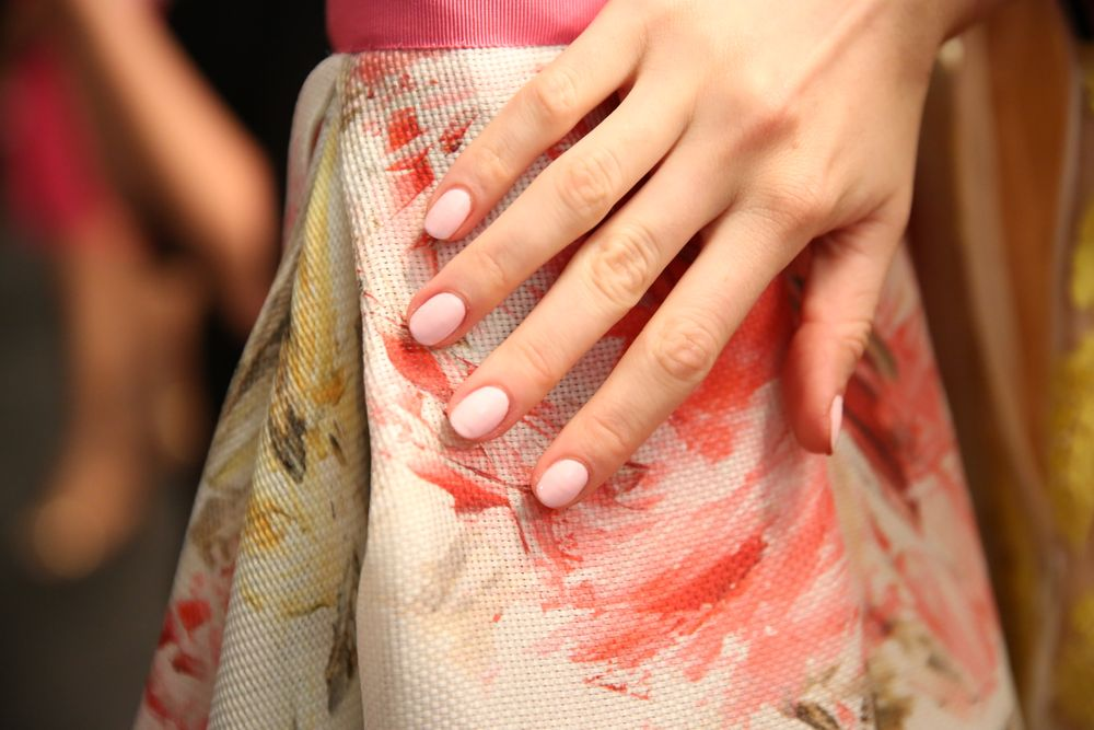 <p>Kandalec used Fiji on hands and feet for Naeem Khan. Photo courtesy of Essie.&nbsp;</p>