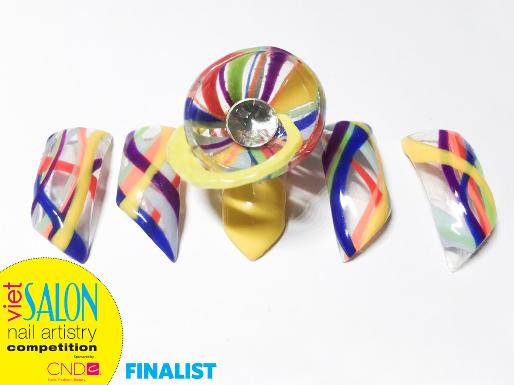 "<p>Finalist: Nails by Linh Chung for the <a href=""http://www.viet-salon.com"">VietSALON</a> Nail Artistry Competition</p>"