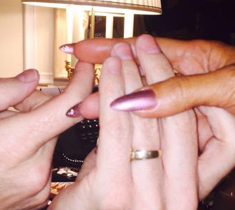 """<p>Tom Bachik added a bit of """"hidden treasure"""" to the underside of JLo's nails for the Golden Globes. Image via @tombachik.</p>"""