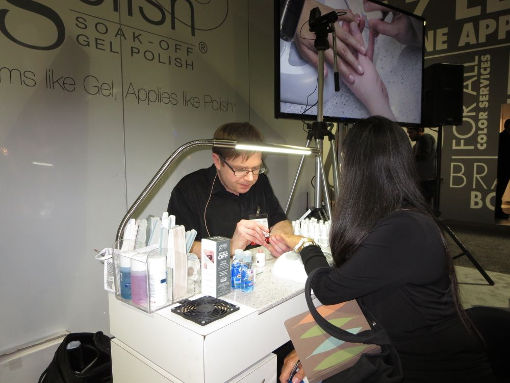 <p>Gelish demo by Jesse Bruner</p>