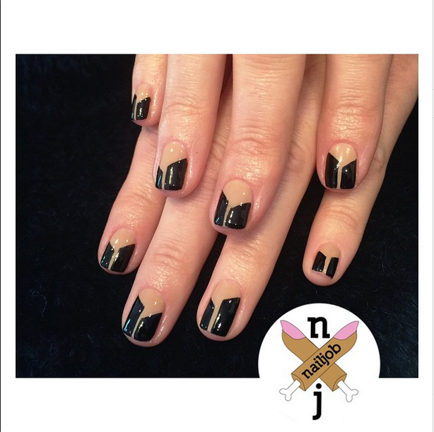 <p>Fariha Ali gave Maria Menounos an art deco French for the Grammys using OPI Black Onyx and a custom nude blend. Image via @nailjob.</p>