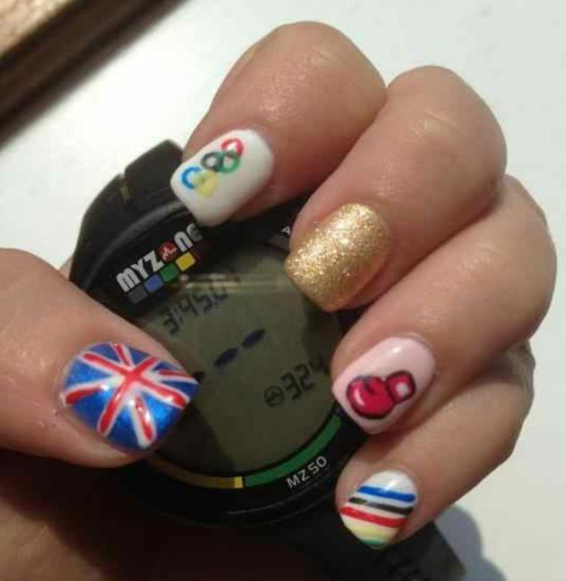 <p>This design is by nail tech Helen Hill.</p>
