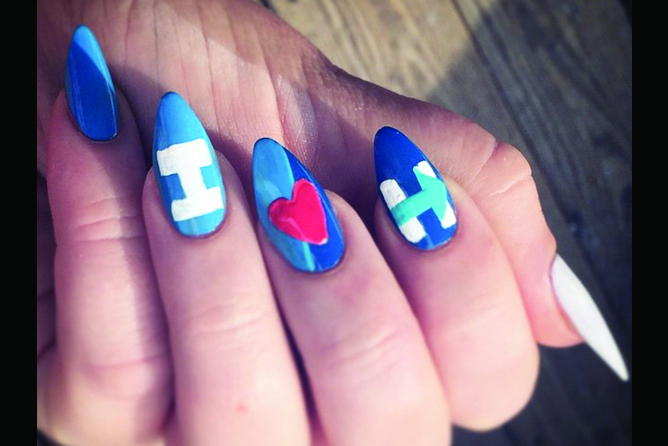 "<p>Hillary Clinton nails by Molly McGuinness, Mingo, W.Va.<br /><a href=""http://www.instagram.com/ameliacarhart"">@ameliacarhart</a></p>"