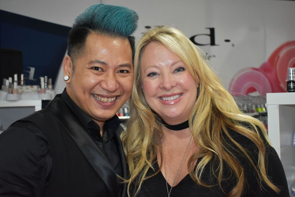 <p>IBD's Sean Phan and Vicki Ornellas</p>
