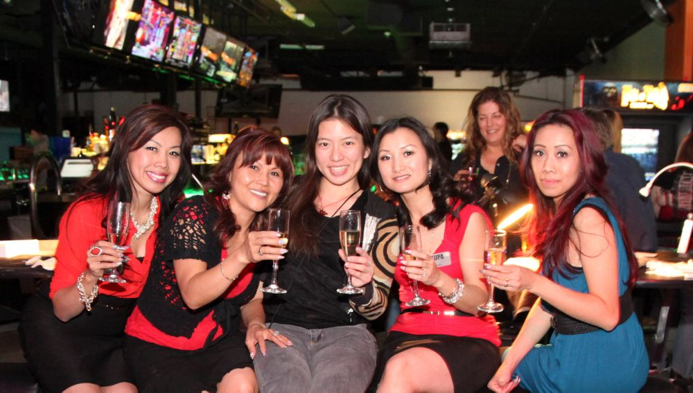 "<p>VietSALON associate editor Kim Pham with Beautiful Nails educators and artists from <a href=""http://www.facebook.com/wildorchidco"">Wild Orchid Nail Salon</a> and <a href=""http://nailbarlv.com"">Paris to New York Nail Bar</a>.</p>"