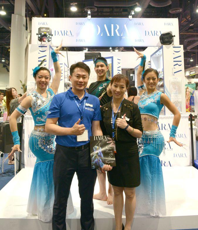 <p>Dara Inc.'s Gloria Tu, Jonathan Lau, and Josephine Shih with CEO John Hsu and COO Anne Ma</p>