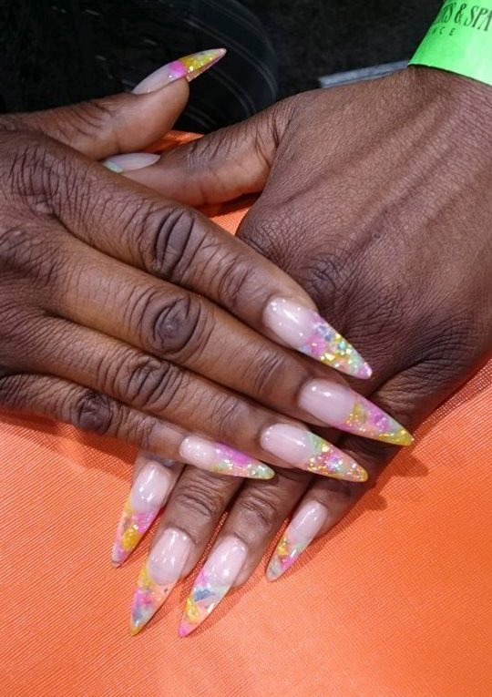 <p>Nails by Julie Tidwell</p>