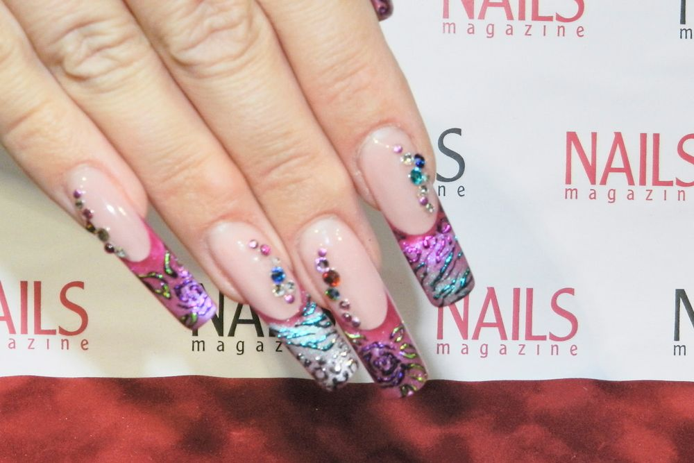 <p>Susan Schafers, Elegant Glass Nails</p>