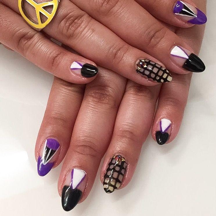 <p>Nails by Nikki Rios for NAILS' associate editor&nbsp;Sigourney Nu&ntilde;ez</p>