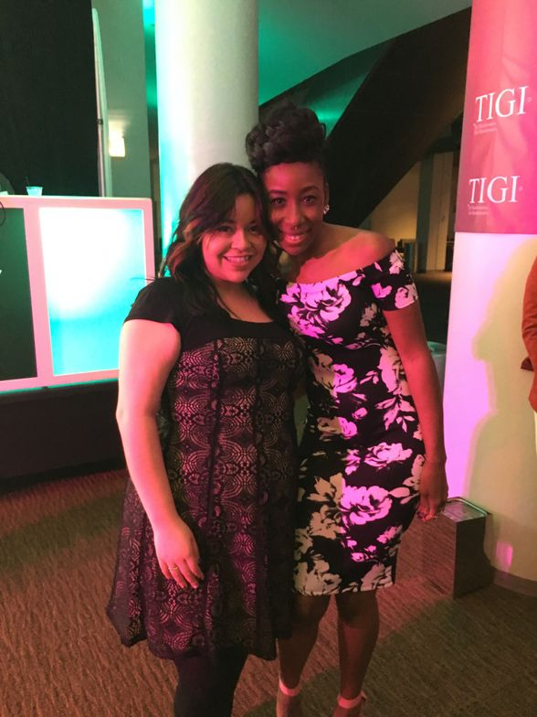 <p>NAILS' associate editor Sigourney Nu&ntilde;ez and NTNA Season 2 winner Lavette Cephus&nbsp;</p>