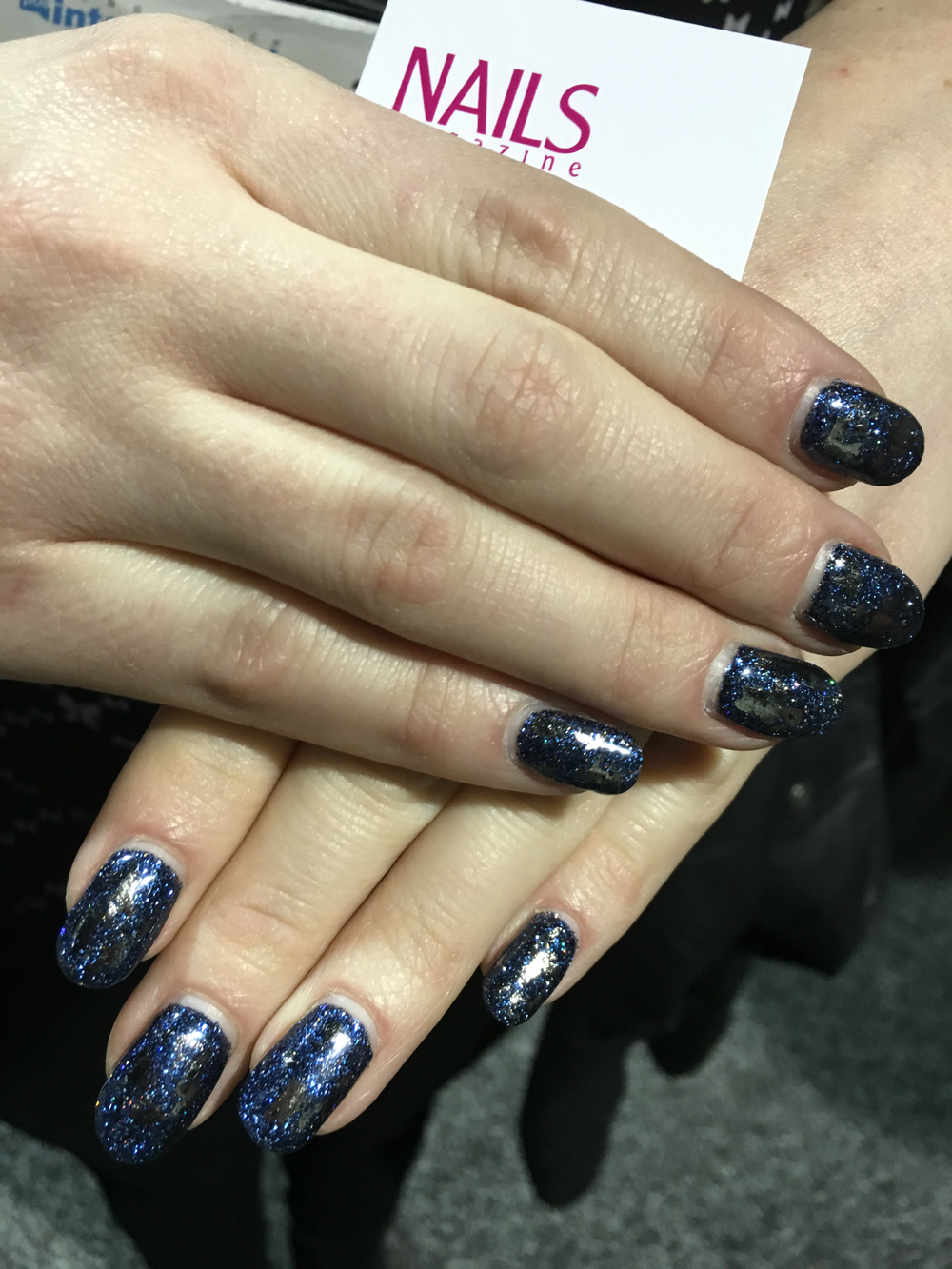 "<p><a href=""https://www.instagram.com/jewelednails/"">@jewelednails</a></p>"