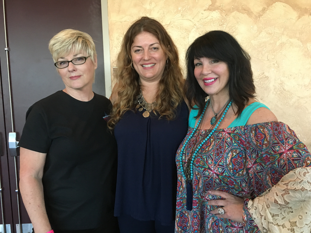 <p>Best Lil Nail Show organizer Donna Schur (left), NAILS publisher Michelle Mullen, and Athena Elliott.</p>