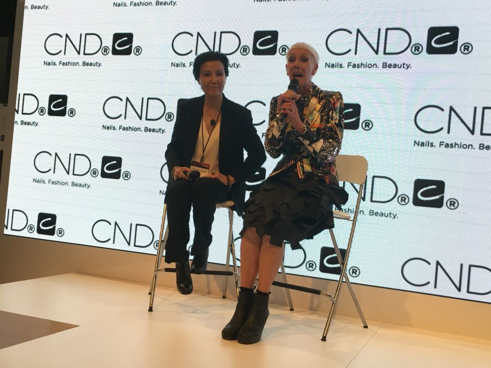 <p>Actress&nbsp;Kieu Chinh (left) was named Creative Play's brand ambassador by CND's Jan Arnold&nbsp;</p>