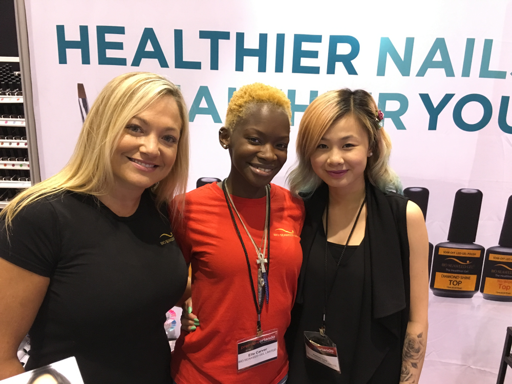 <p>Bio Seaweed Gel introduces a new lamp called U-Light Pro 2 that offers a gradual cure to prevent heat spikes. From left: Sabrina Perry, Elle Carver, and Hellen Luu.&nbsp;</p>