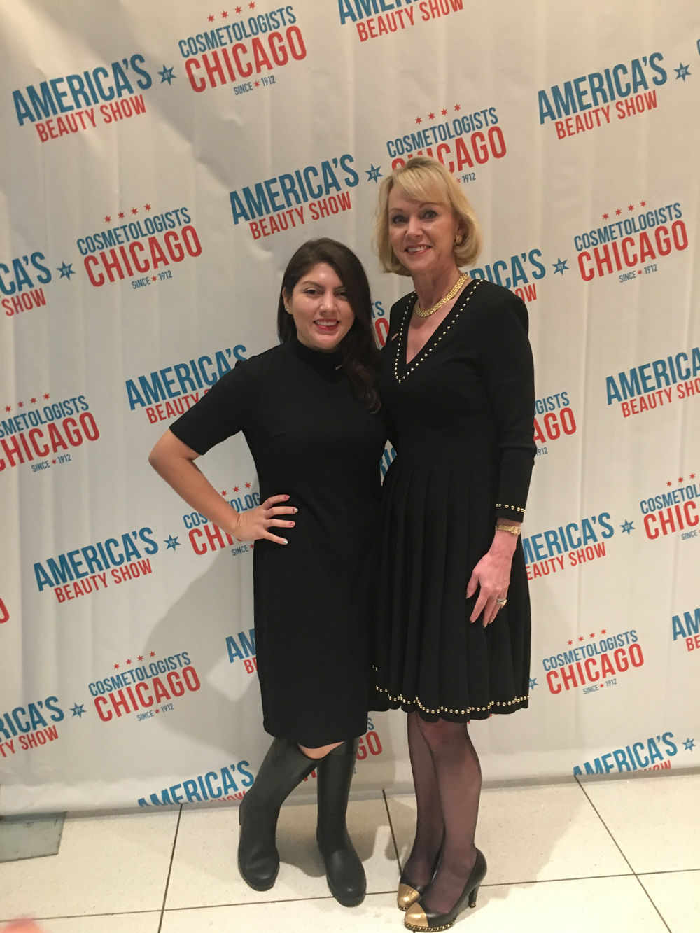 <p>Executive editor Beth Livesay with Beauty Changes Lives' Lynelle Lynch</p>