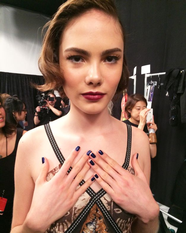 <p>Deola Sagoe models wore this stand-out dark blue hue on their fingernails. Photo courtesy of Incoco.&nbsp;</p>
