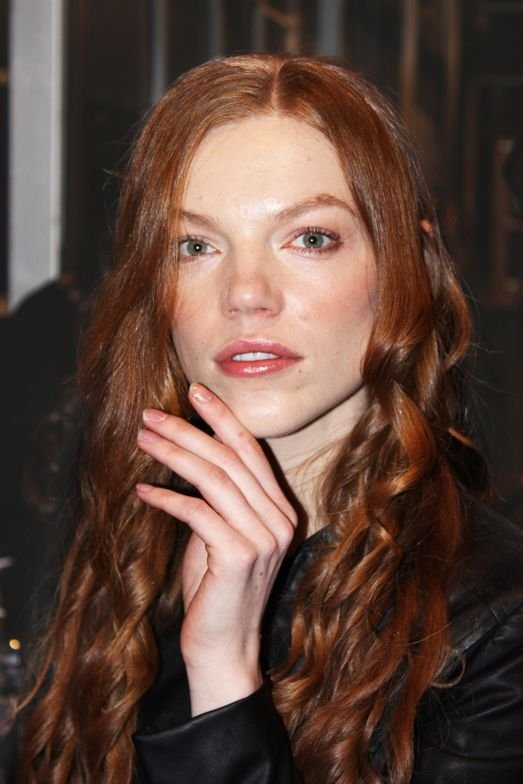 <p>Nail artist Jami Zoglio for INGLOT created a granite marble effect for the Leanne Marshall show.</p>