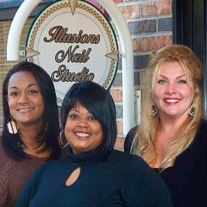 """Thomi Alexander and Wendy Allen opened Illusions Nail Studio on """"Beauty Alley"""" in November 2004."""