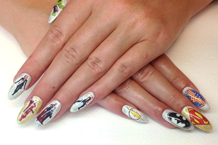 "<p>DC nails by <a href=""http://www.salongeffekt.com/startsida"">Jessica Str&ouml;m</a>, Sweden.</p>"