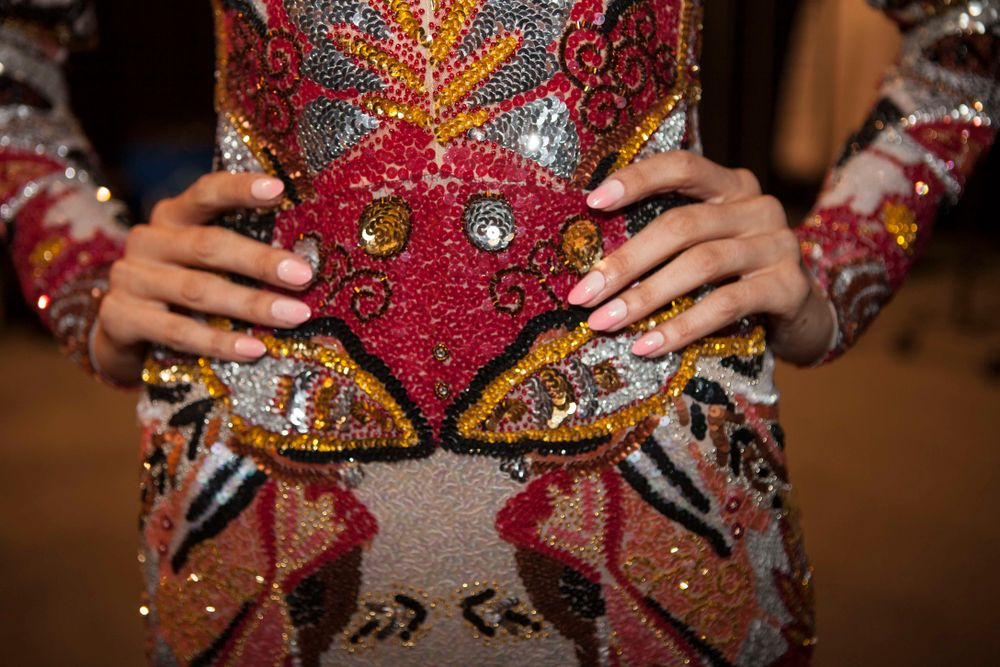 <p>Gina Edwards for KISS made soft ombre nails for Naeem Khan. Photos by Luzena Adams</p>