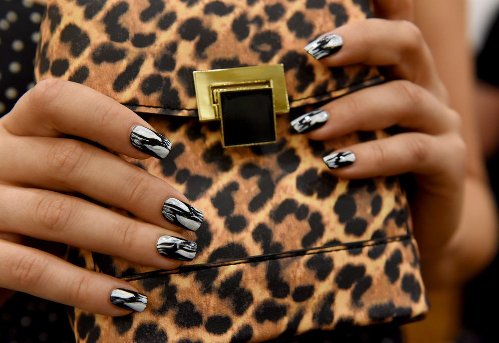 <p>KISS for Christian Siriano. Lead nail artist: Gina Edwards. </p>
