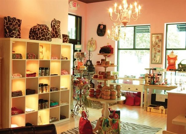 On The Road Embellish Nails Amp Boutique Austin Tex